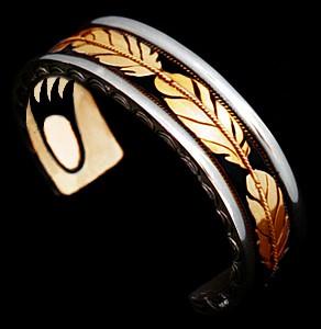 Armband uit het trouwringen atelier van ZhaawanArt